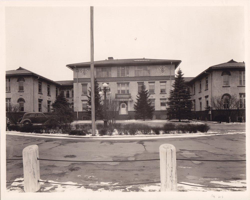 hospital 001.jpg